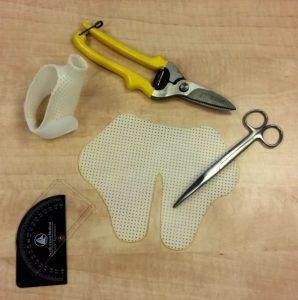 Handtherapie: materialen om een handspalk te maken
